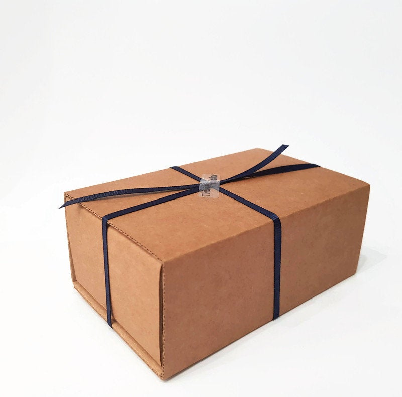 box for bowtie