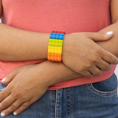 Rainbow elastic bangle from bricks