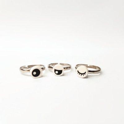Adjustable eye rings