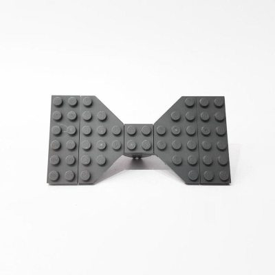 Dark gray brick bowtie