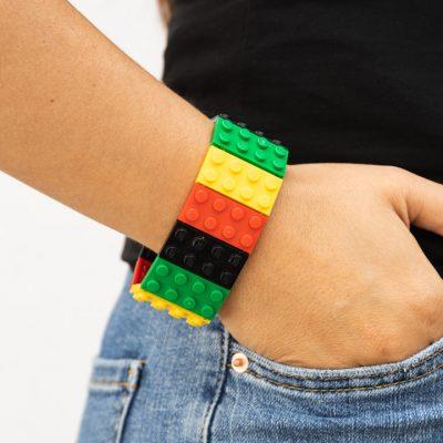 Reggae elastic bangle from lego bricks