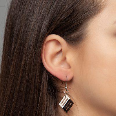 Grille drop earrings