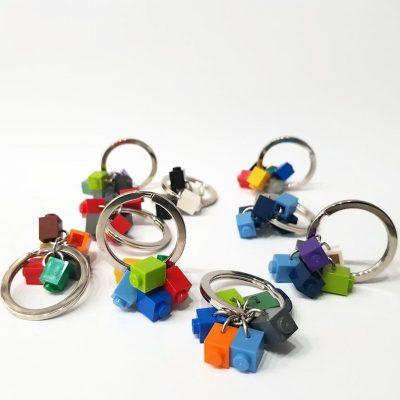 Car key ring with bricks
