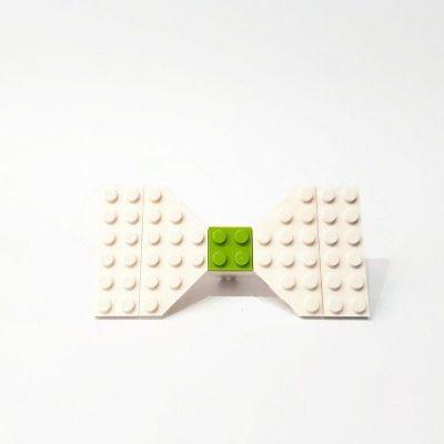White brick bow tie